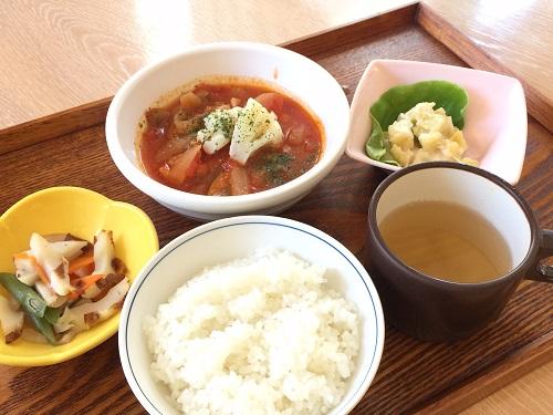 010731鶏のトマト煮 (1)ぶろぐ.jpg